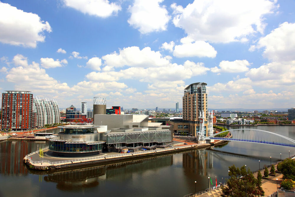Panoramic-view-of-Manchester